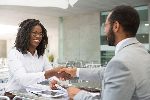 Um pós-venda de qualidade torna os clientes satisfeitos