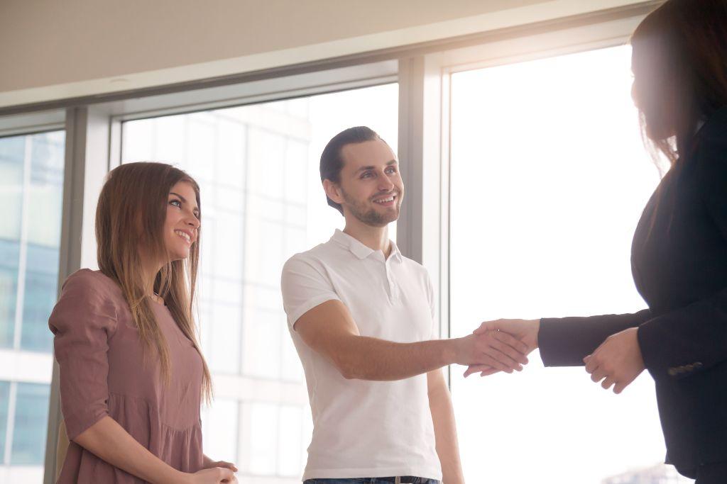 Como abordar um cliente